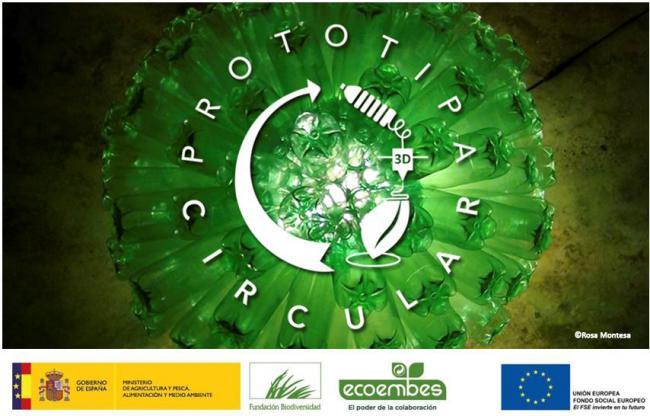 prototipa_circular Lámpara circular con botellas de plástico reciclado creativo